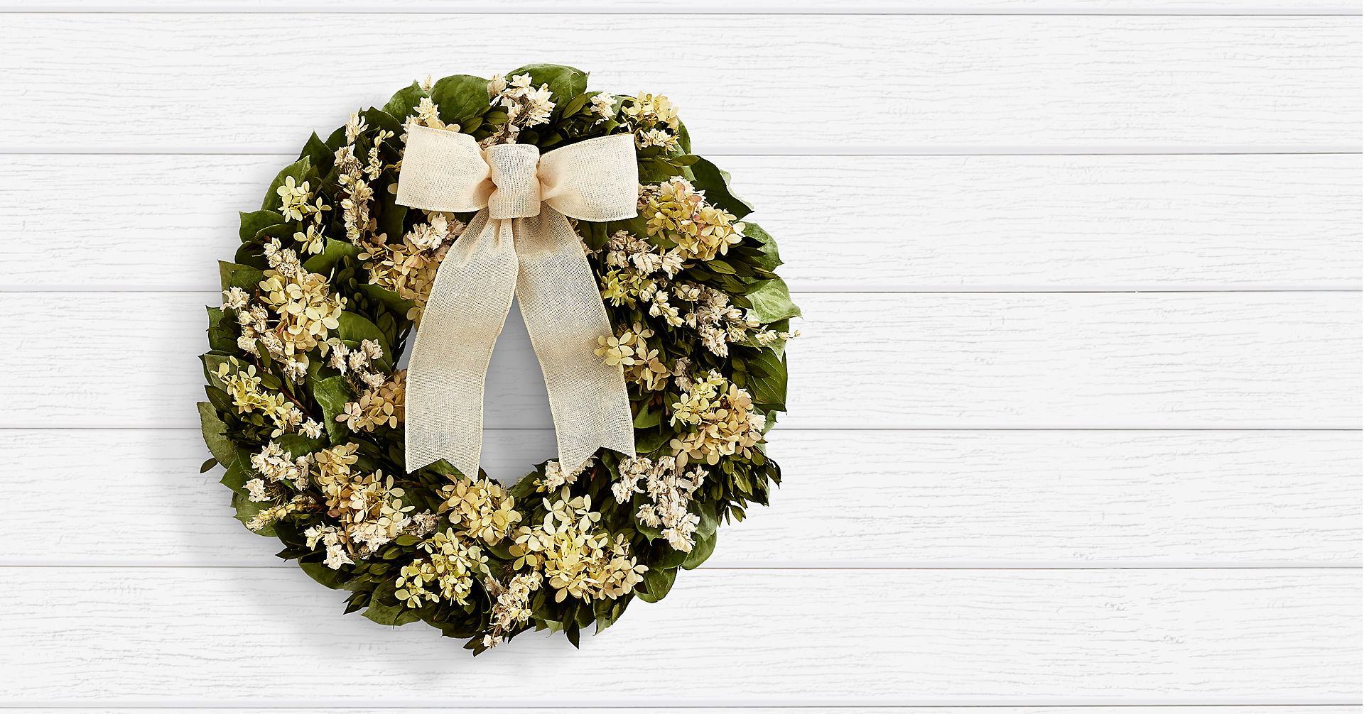 "18"" Sweetest Sentiments Wreath - Preserved"