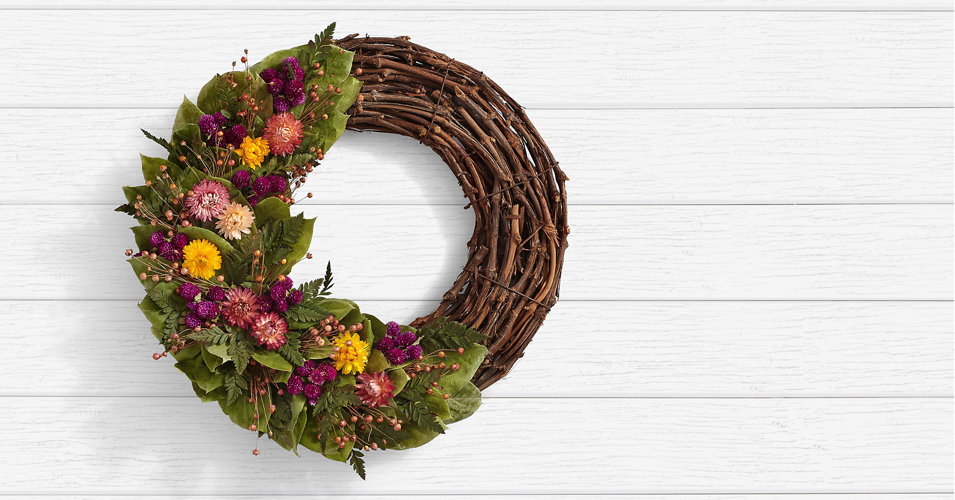 Garden Strawflower Wreath - Image 1 Of 2