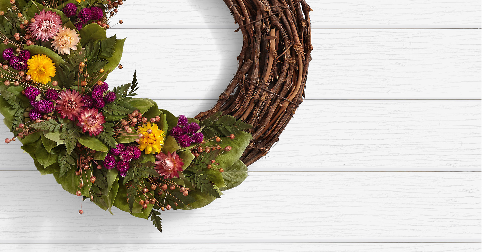 Garden Strawflower Wreath - Image 2 Of 2