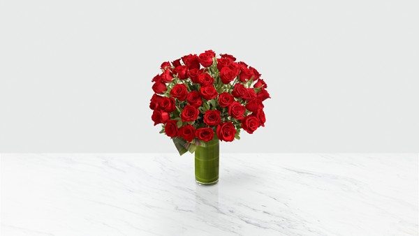 Fate Luxury Rose Bouquet - 48 Stems of 24-inch Premium Long-Stemmed Roses - Thumbnail 1 Of 3