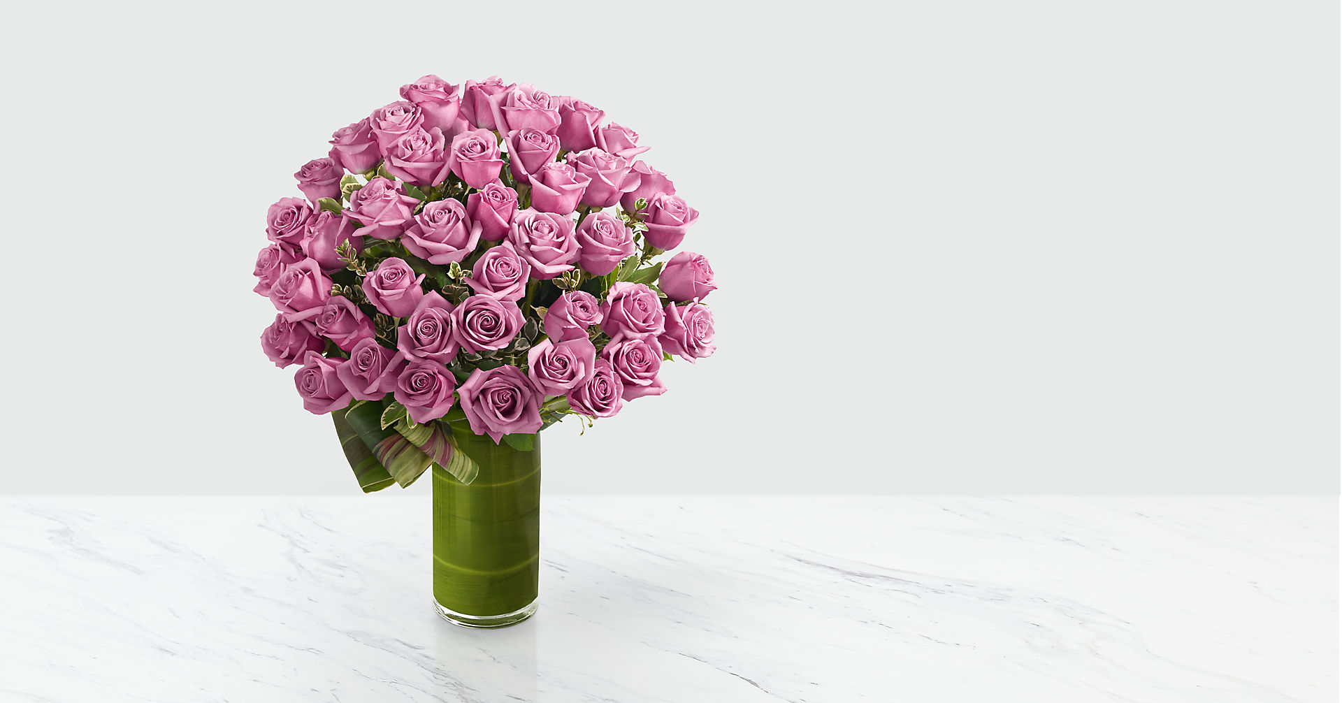 Sensational Luxury Rose Bouquet - 24-inch Premium Long-Stemmed Roses - Image 1 Of 3