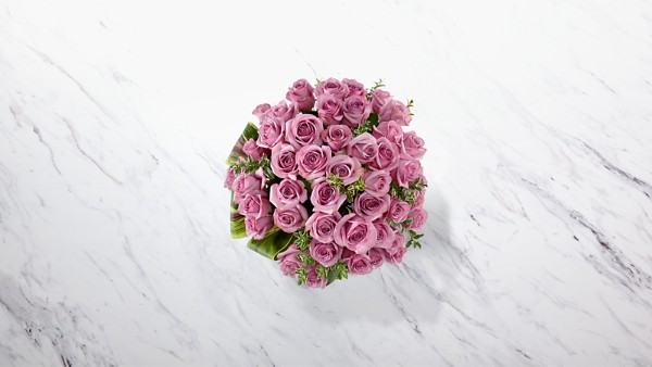Sensational Luxury Rose Bouquet - 24-inch Premium Long-Stemmed Roses - Image 2 Of 3