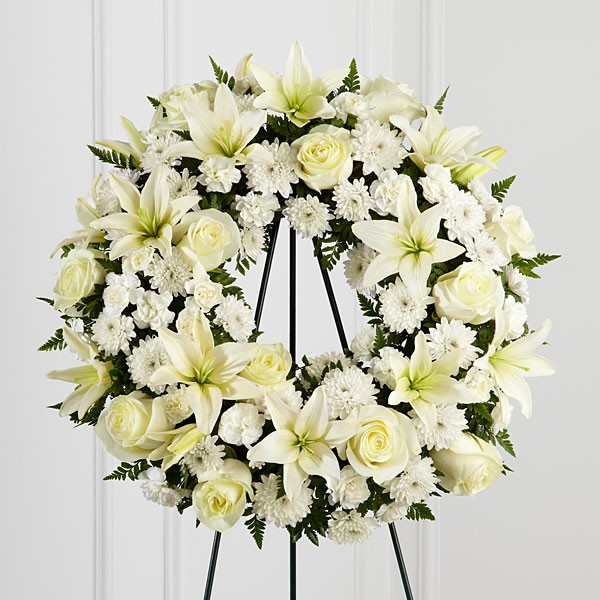 Treasured Tribute™ Wreath