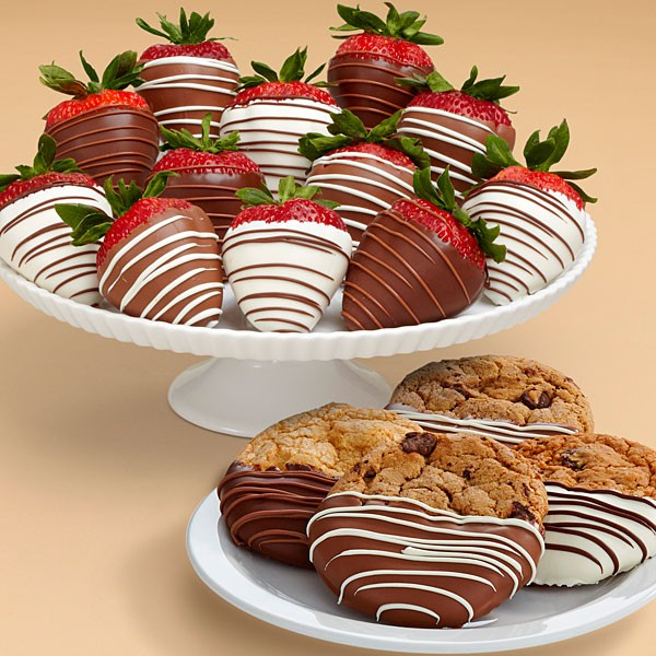 4 Dipped Cookies & Swizzled Strawberries