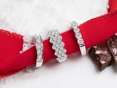 Engagement Rings And Diamonds And Promise Ring