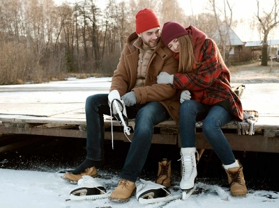 Romantic Tips And Gift to Enliven Relationship