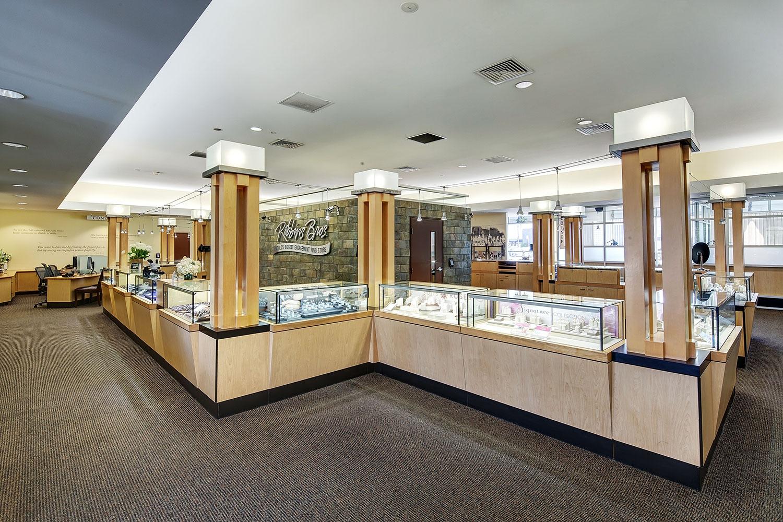 Woodland Hills Store