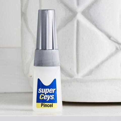 Adhesivos para Plásticos