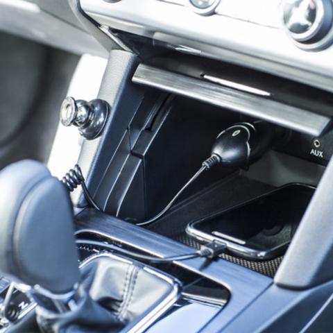 Cables y accesorios para autos