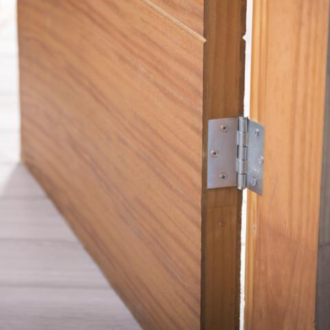 Accesorios y Bisagras para Puertas