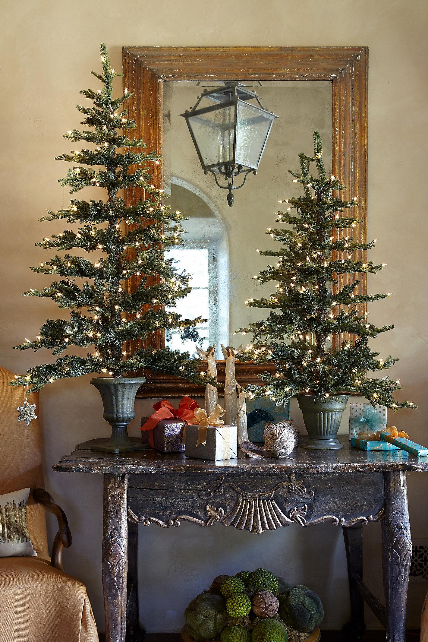 FLAT HOLIDAY PRELIT TREE