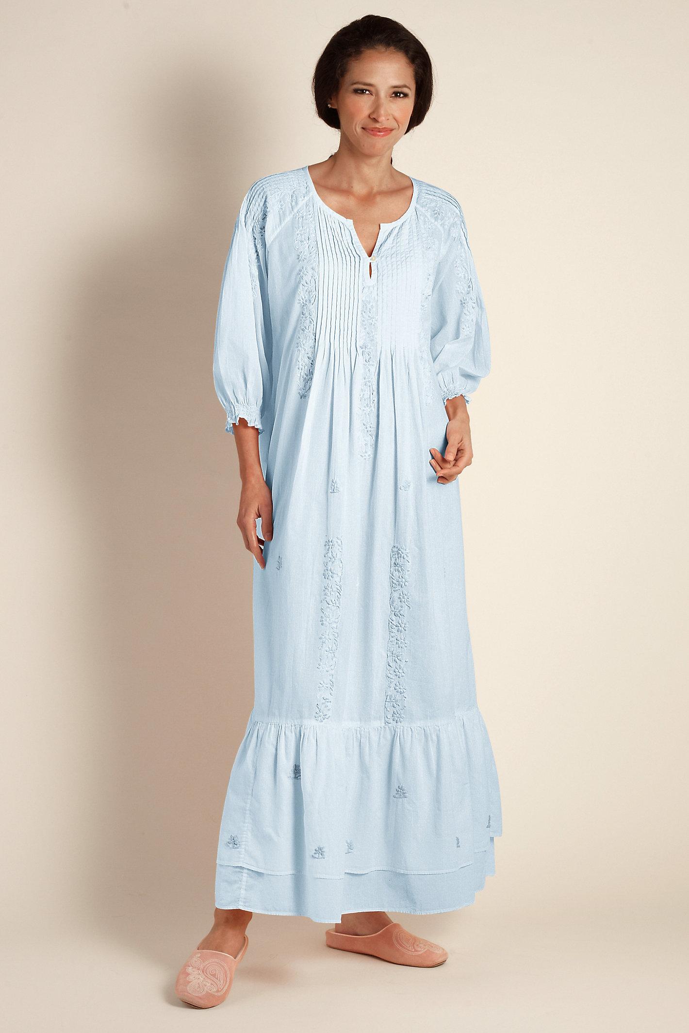 Women Gwyneth Gown