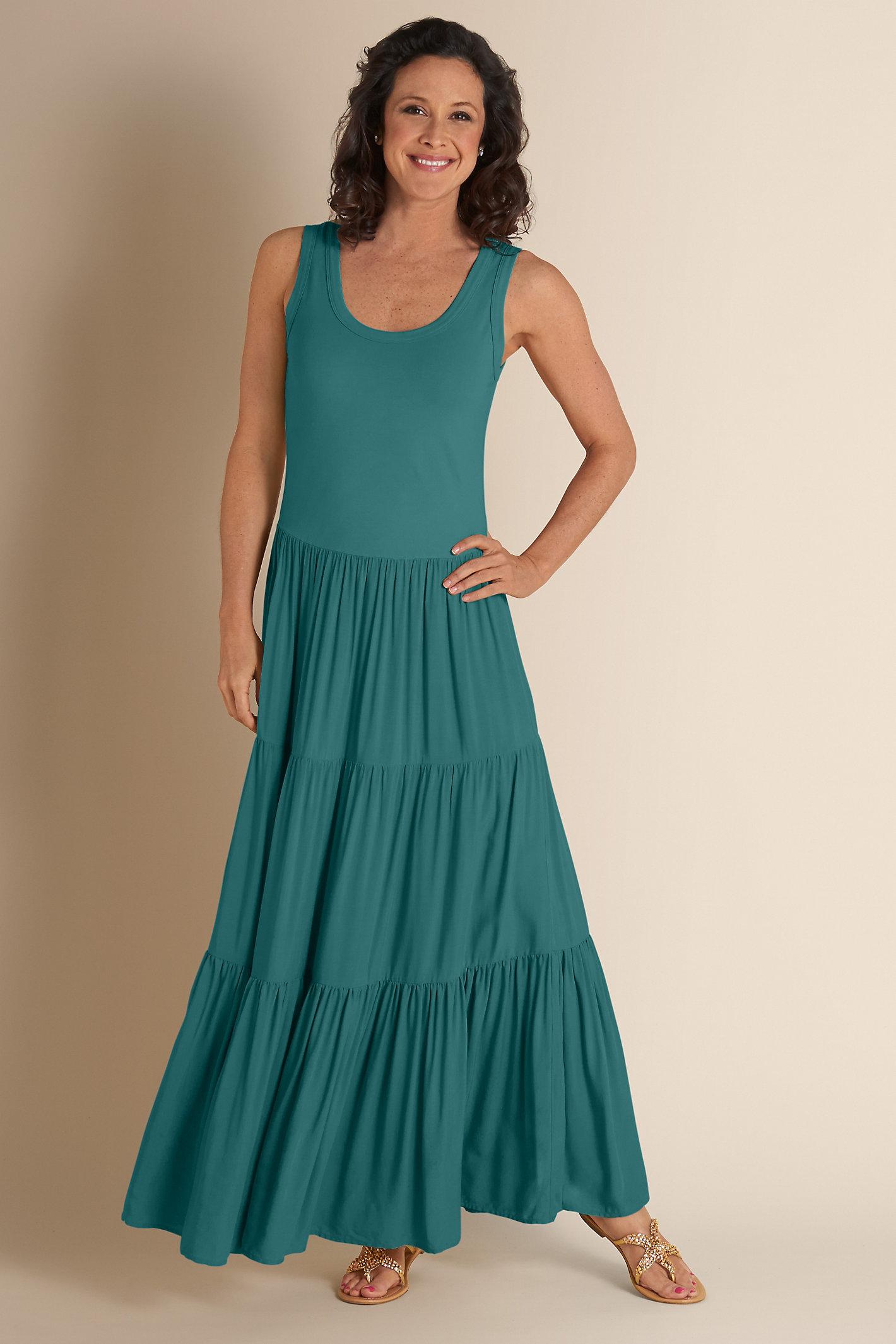 Slimming Maxi Dress