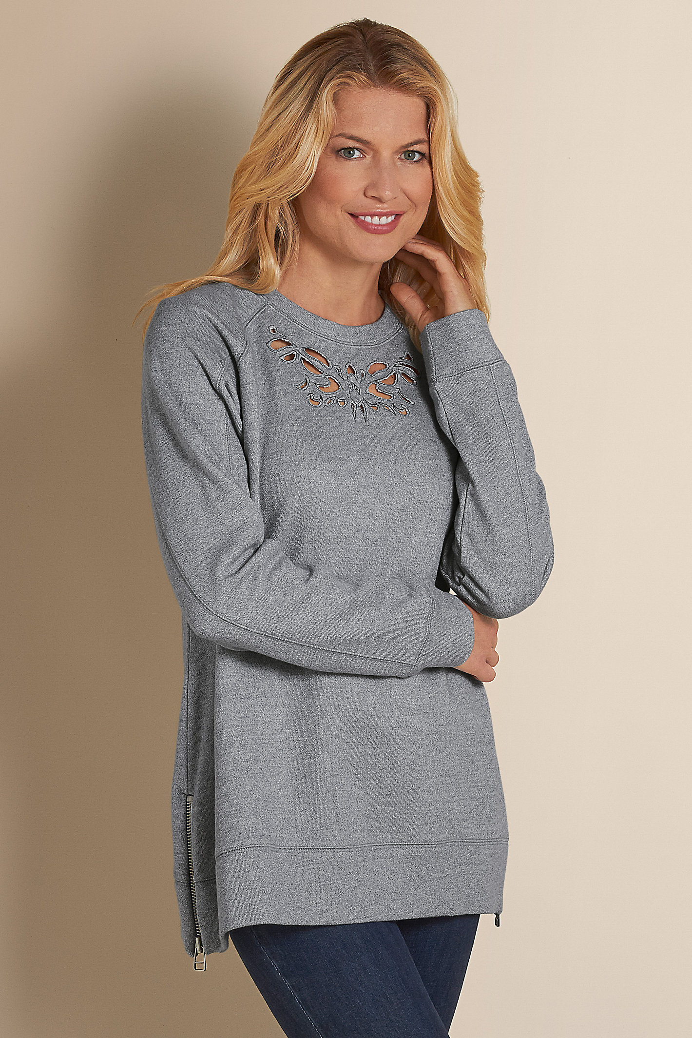Women Urban Chic Pullover