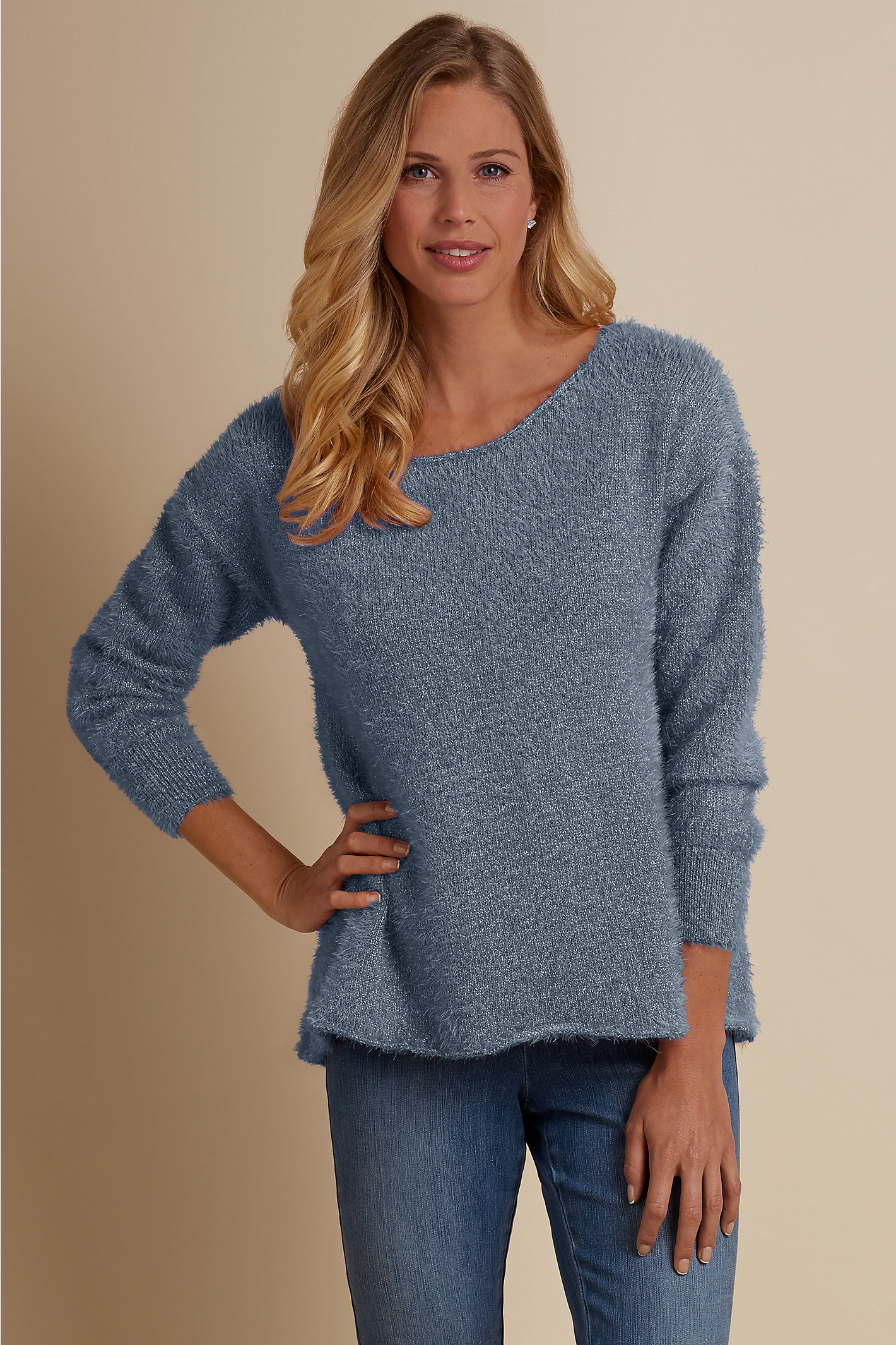 WOMEN SUBTLE SHIMMER SWEATER