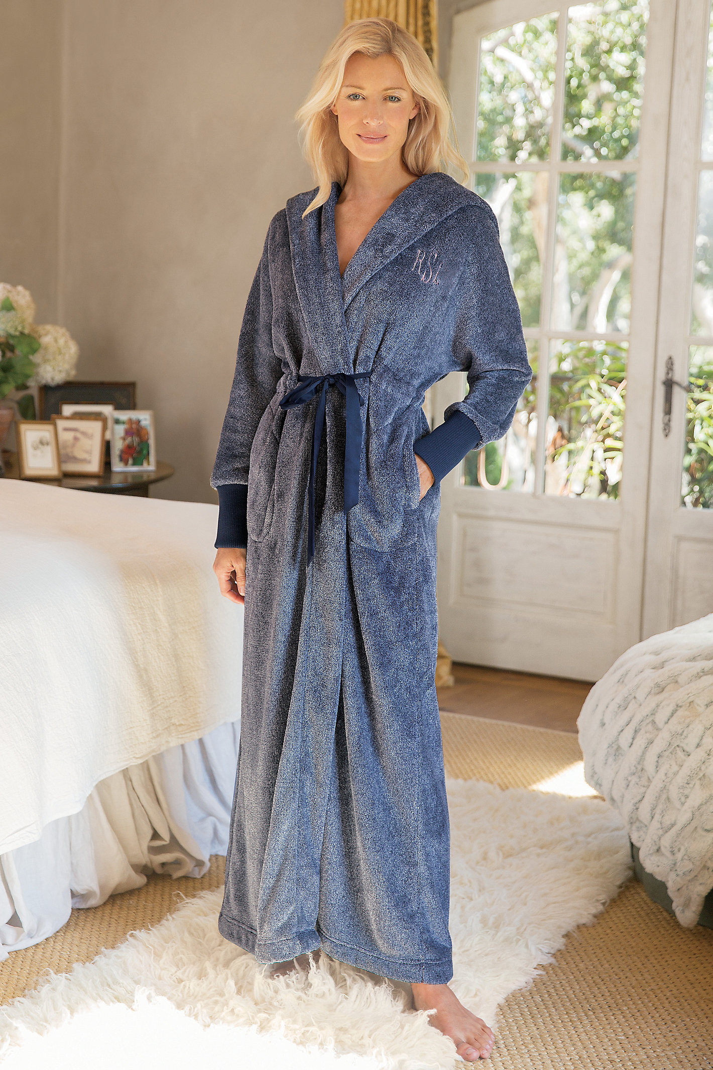 MARVELOUS ROBE