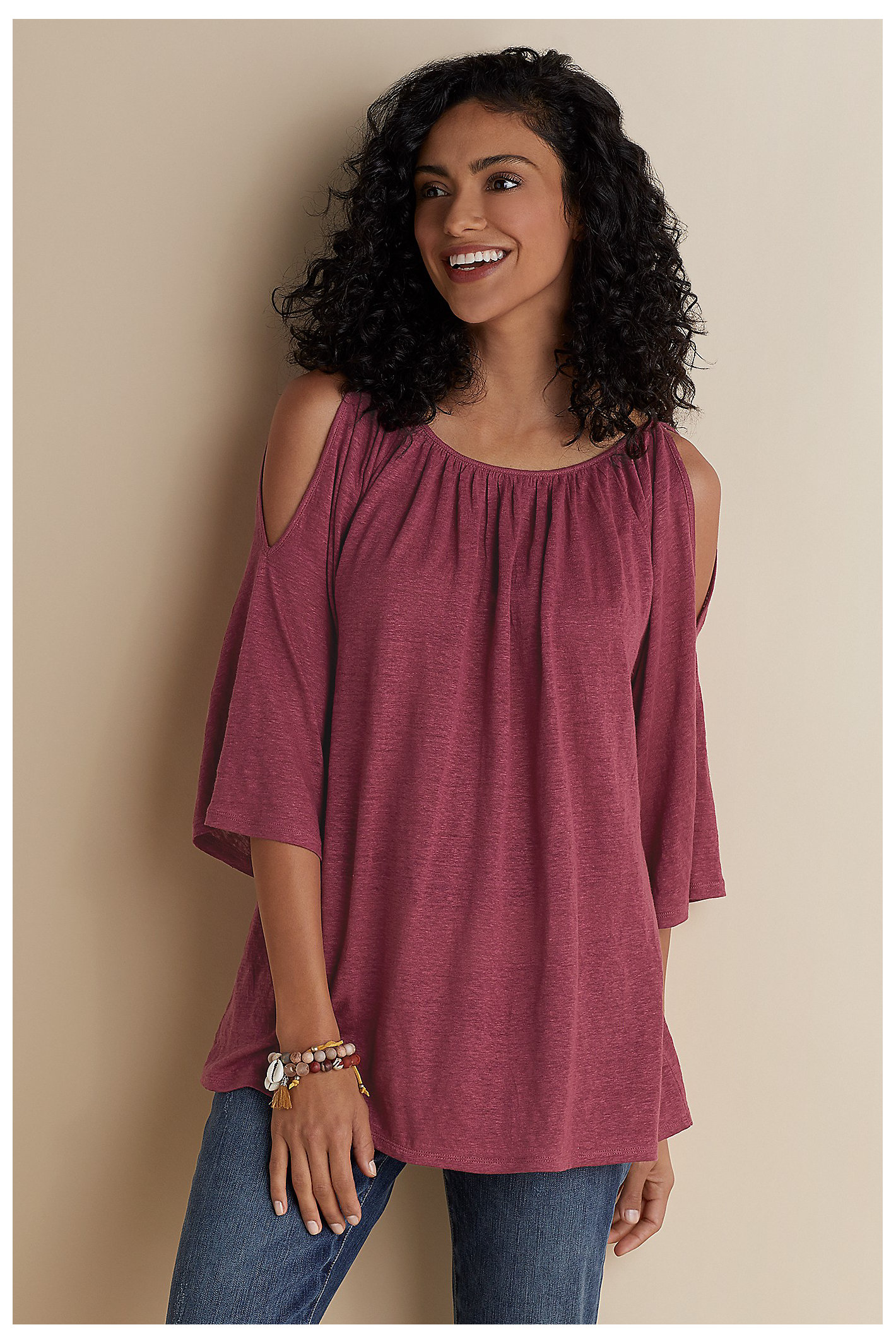 EXPOSED SHOULDER PONCHO