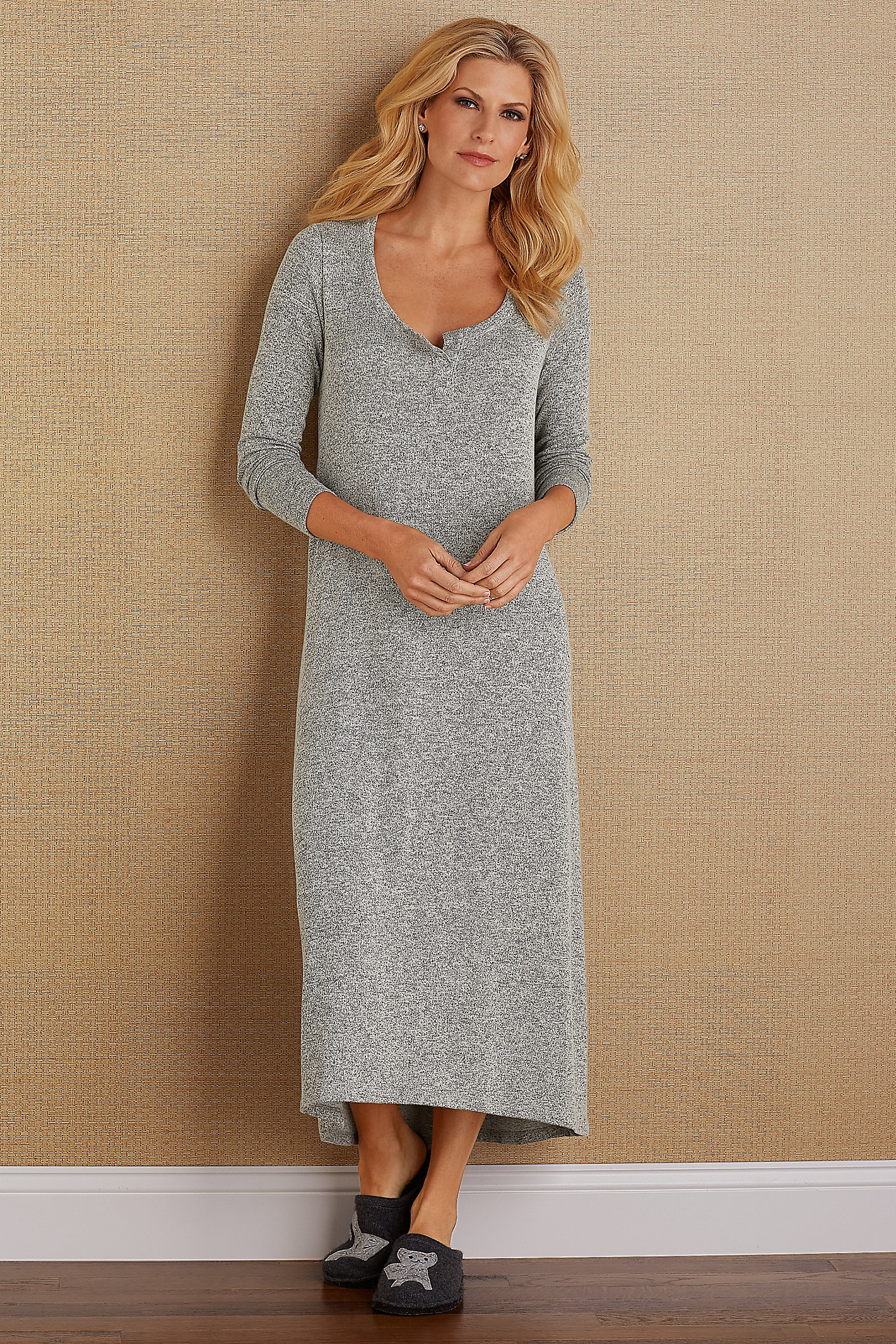 HEAVENLY HENLEY GOWN
