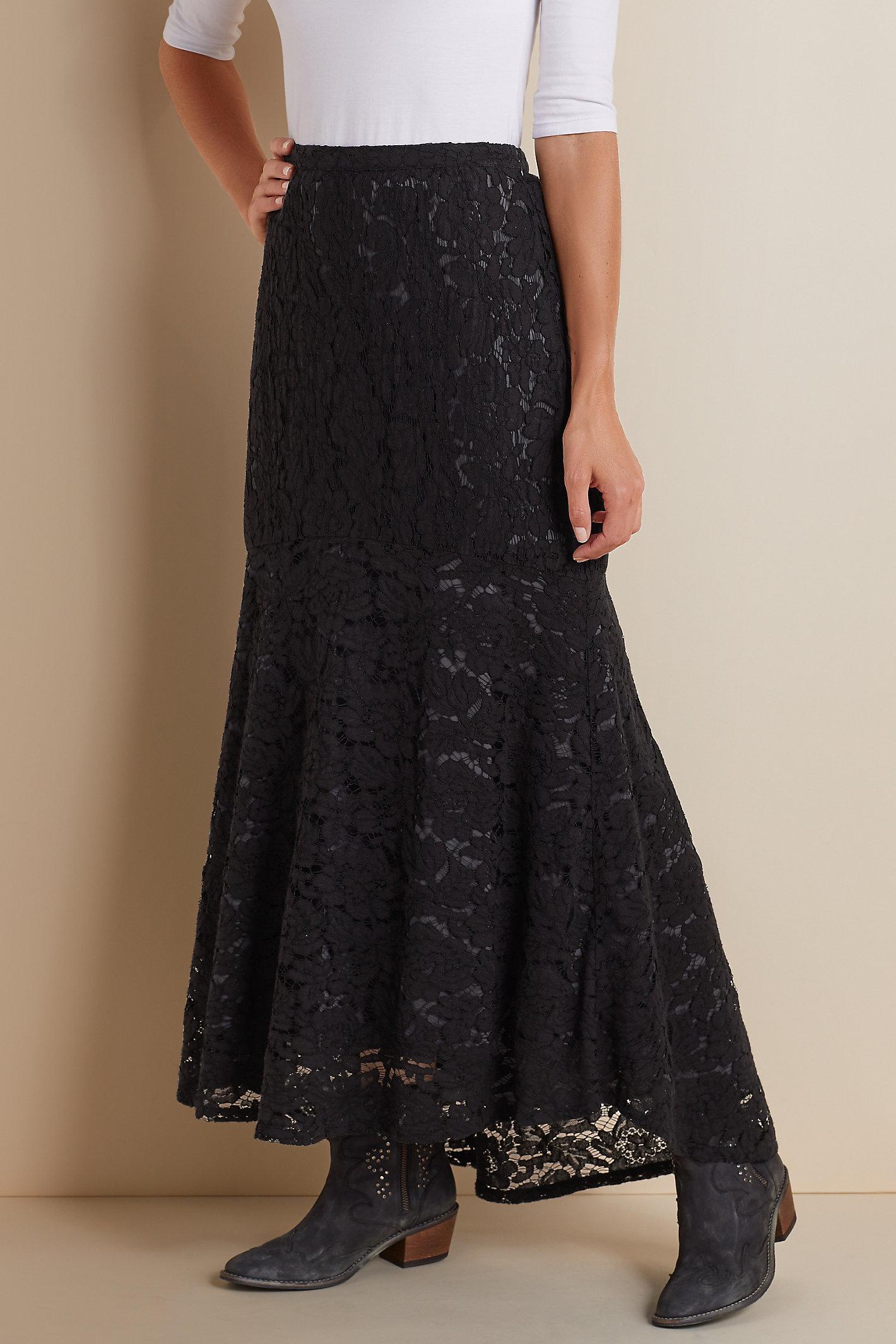 Laken Lace Skirt