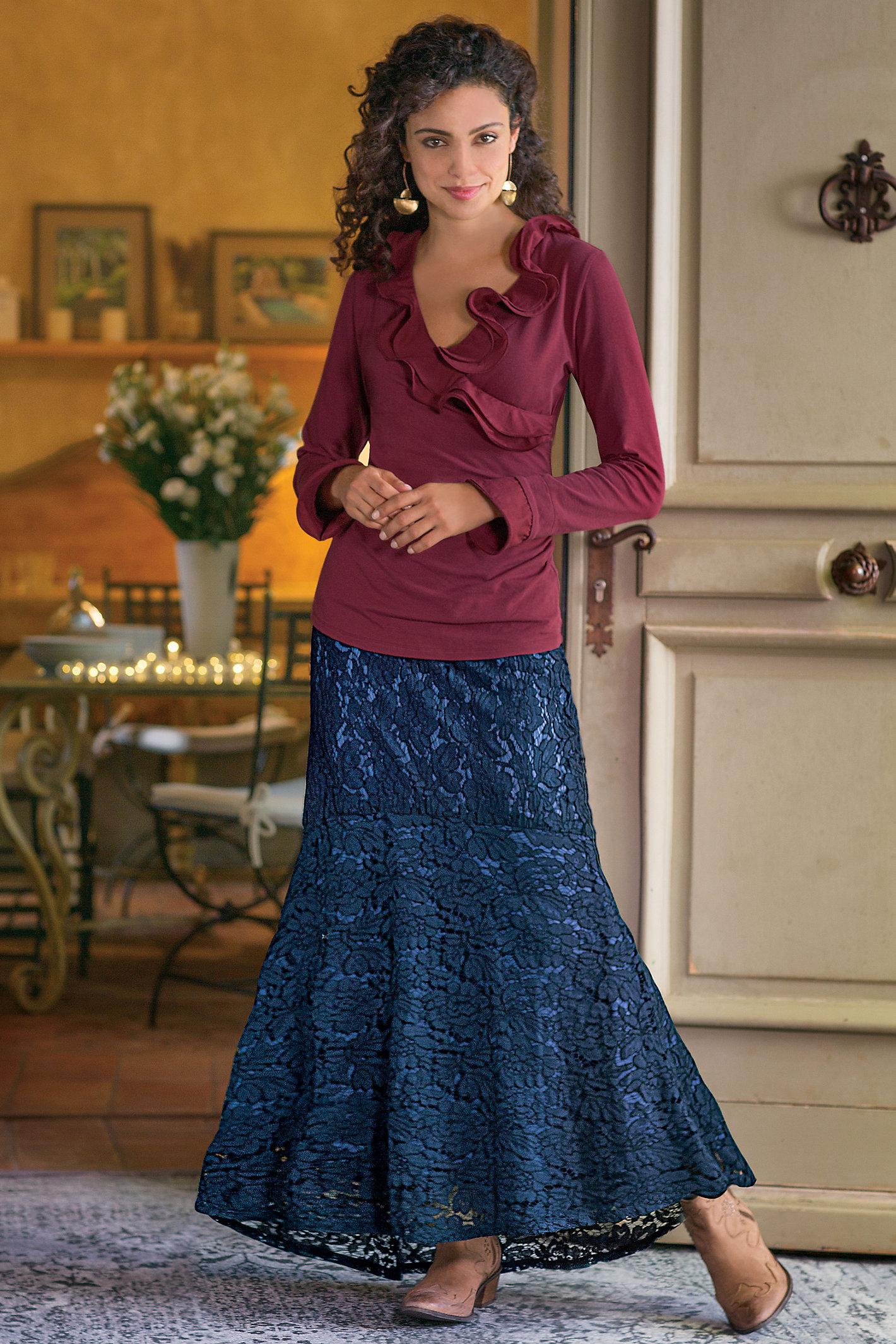 Petite Laken Lace Skirt