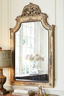 Bonifacio Mirror