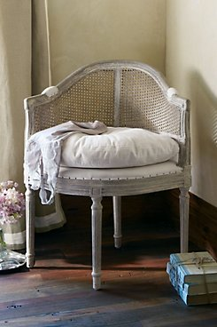 Delphine Chair