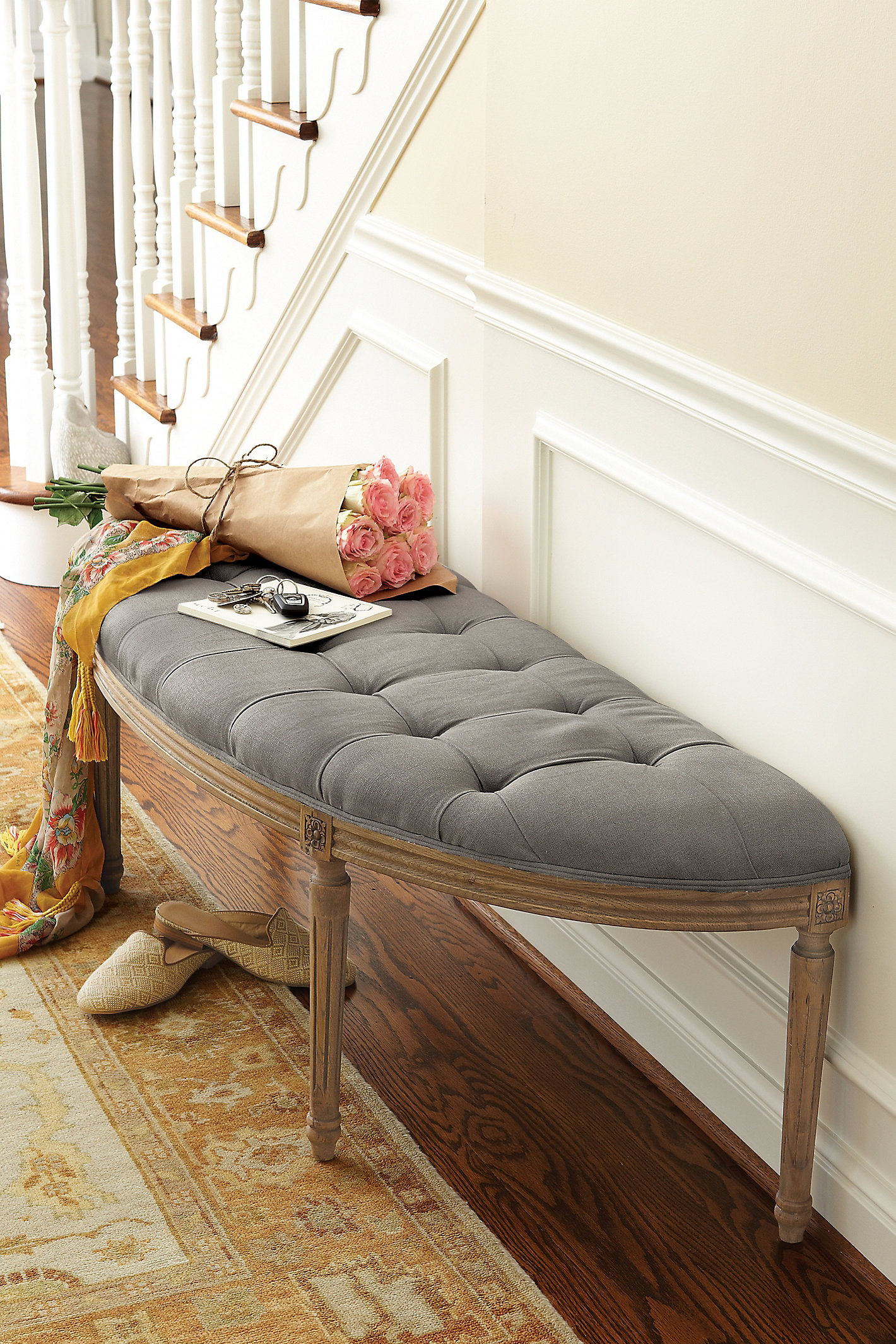 Louie Curve Bench