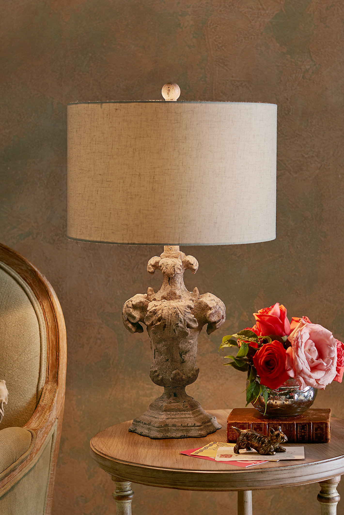 Corinthian Table Lamp