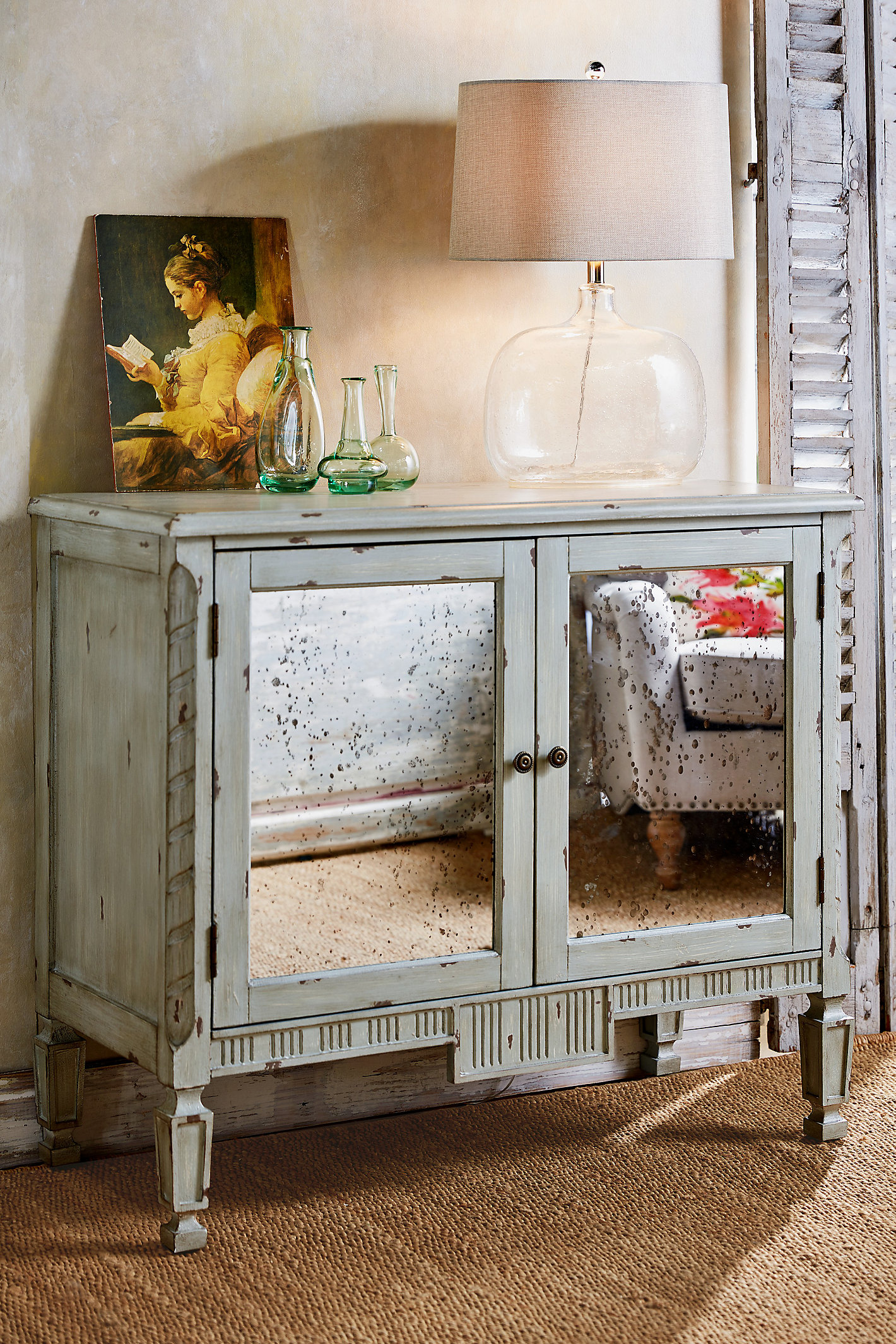 GIRONDE TWO DOOR CABINET