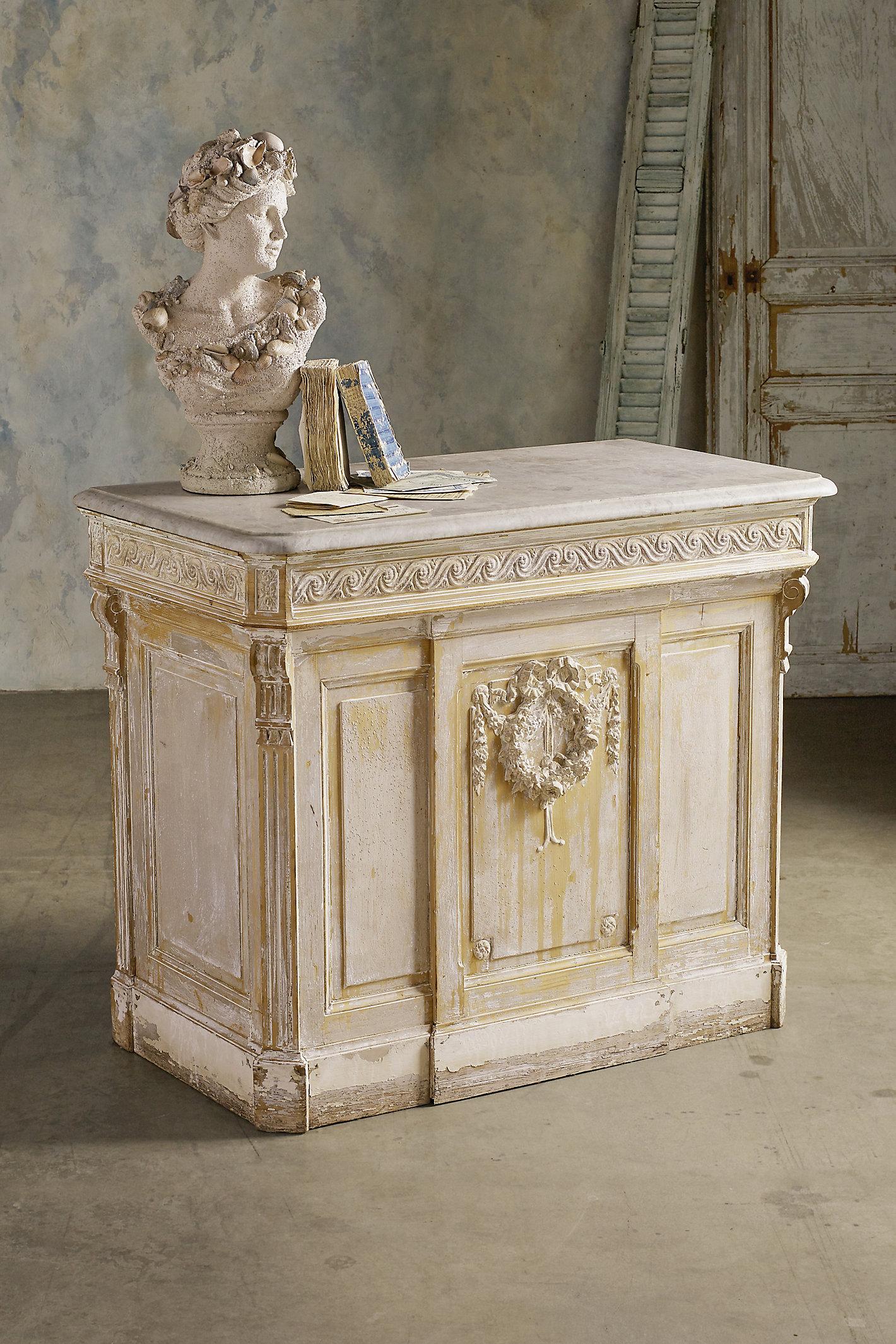 Lyon Pine Counter
