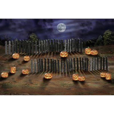 Rickety Fence & Spooky Jack o' Lantern Village Accessory Set