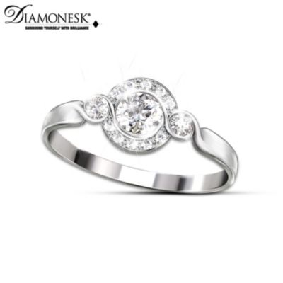 Love Comes Full Circle Diamonesk Ring