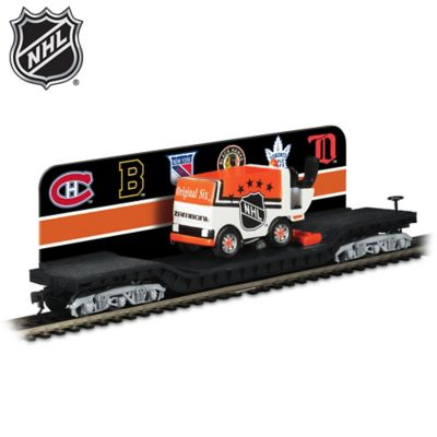 Original Six™ Flatbed With Ice Resurfacer Train Car