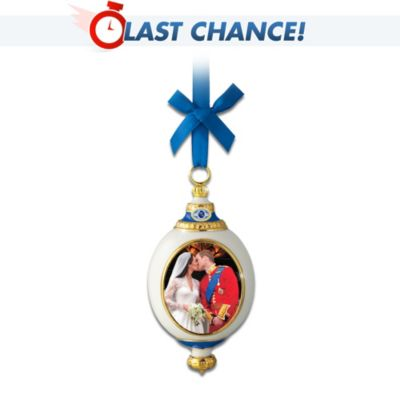 Royal Kiss Ornament