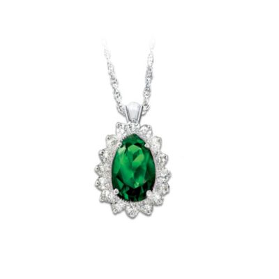 Emerald Radiance Pendant Necklace