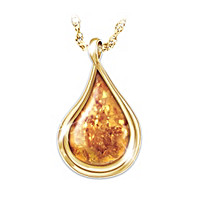 Nature\'s Golden Treasure Amber Pendant Necklace