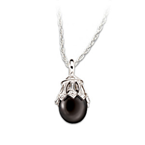 Black Tahitian Cultured Pearl & Diamond Pendant