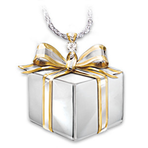 """""""Sister's Gift Of Love"""" Diamond Pendant Necklace"""