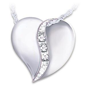 """I Love You Mom"" Engraved Diamond Pendant Necklace"