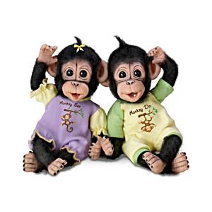 """""""Monkey See, Monkey Do"""" Poseable Baby Monkey Doll Set"""