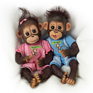 """""""He Did It, She Did It"""" Poseable Baby Monkey Doll Set"""