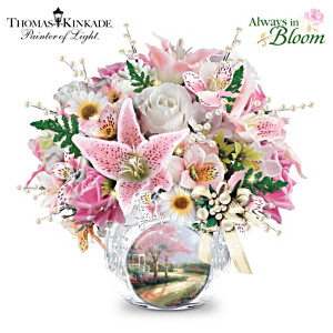 Thomas Kinkade Treasured Moments Lighted Crystal Centrepiece