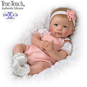 "Linda Murray ""Ava"" Lifelike Silicone Baby Doll"