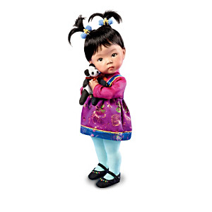 """Hands Across The World"" International Toddler Dolls"