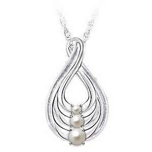 """""""Generations Of Love"""" Cultured Freshwater Pearl Necklace"""
