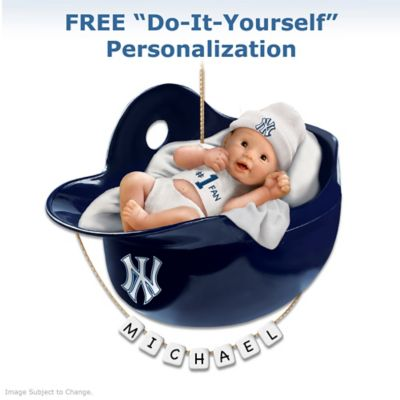 New York Yankees Personalized Babys First Christmas Ornament
