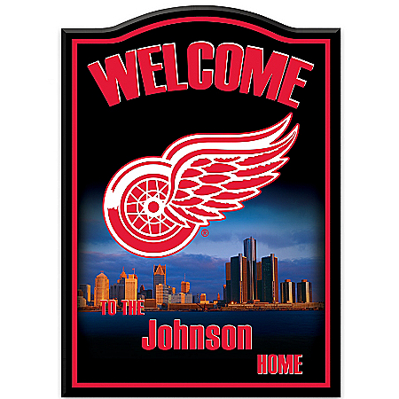 Photo of NHL® Detroit Red Wings® Personalized Welcome Sign by The Bradford Exchange Online