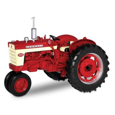 1:16-Scale Farmall 340 Gas Diecast Tractor With Narrow Front by