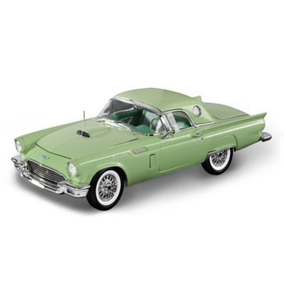 1:18 1957 Ford Thunderbird Convertible Diecast With Hardtop by