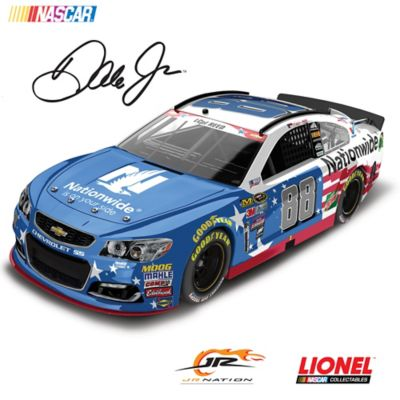 1:24-Scale Dale Jr. No. 88 Stars & Stripes 2016 Diecast Car by